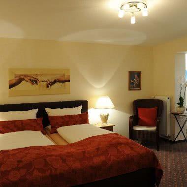 Sonnenterrassen Doppelzimmer in der Pension am Rain in Winden im Elztal