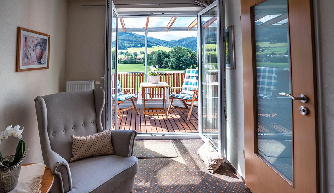 Balkonblick aus dem Doppelzimmer Hörnleberg in der Pension am Rain