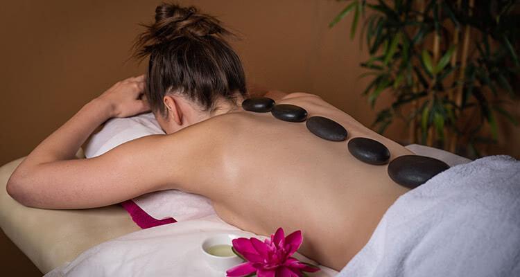 Hot Stone Massage Pension am Rain